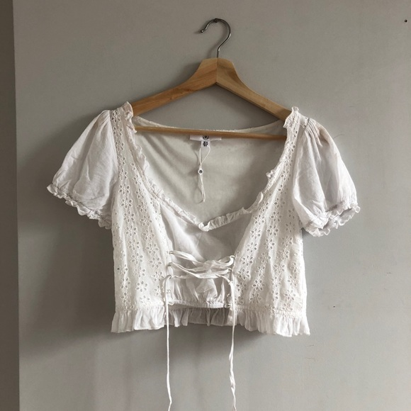 73890a692b8f Missguided Tops | White Milkmaid Top W Tie Up Front Sz 6 | Poshmark